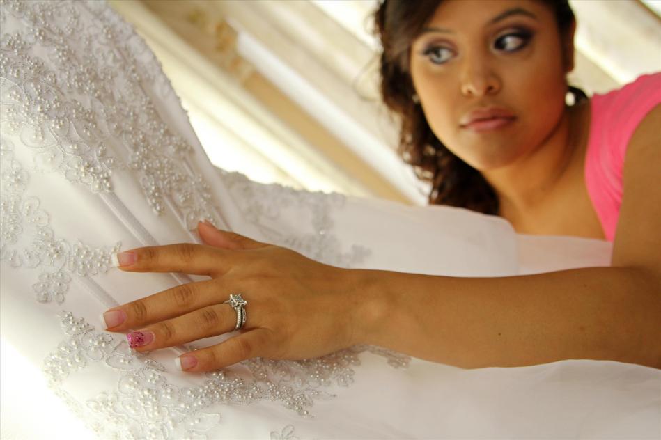 engagementring.bridesdress.weddingphotos.designernailpolish.apicturesquememoryphotography