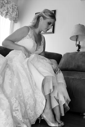 bridalprep.bridesdress.weddingphotos.apicturesquememoryphotography