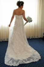 bridesdress.bridesbouquet.bridalprep.weddingphotos.apicturesquememoryphotography