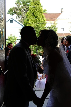 bride-and-groom-kissing.wedding-ceremony.a-picturesque-memory-photography.wedding-photographer