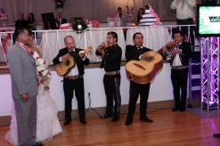mariachi-band.wedding-photos.bride-and-groom.wedding-photographer.a-picturesque-memory-photography
