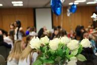 thetaphialpha-founders-day-2014-white-roses.apicturesquememoryphotography