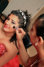 sweet16photography_makeup_blush_tiarraheadpiece