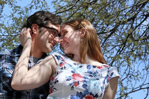 engagementphotos_weddingphotography_nycengagementphotography_centralparkphotoshoot_apicturesquememoryphotography_belvederecastle_brideandgroomeskimokiss