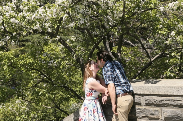 engagementphotos_weddingphotography_nycengagementphotography_centralparkphotoshoot_apicturesquememoryphotography_staircasekiss