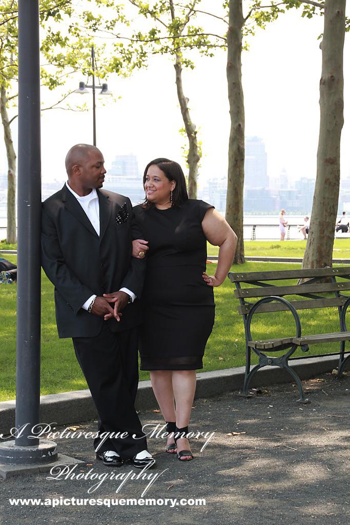 #weddings #apicturesquememoryphotography #engagement #bridetobe #groomtobe #weddingphotography #njwedding #engagementphoto #weddingphotos #hobokenterminal #hobokenpiers
