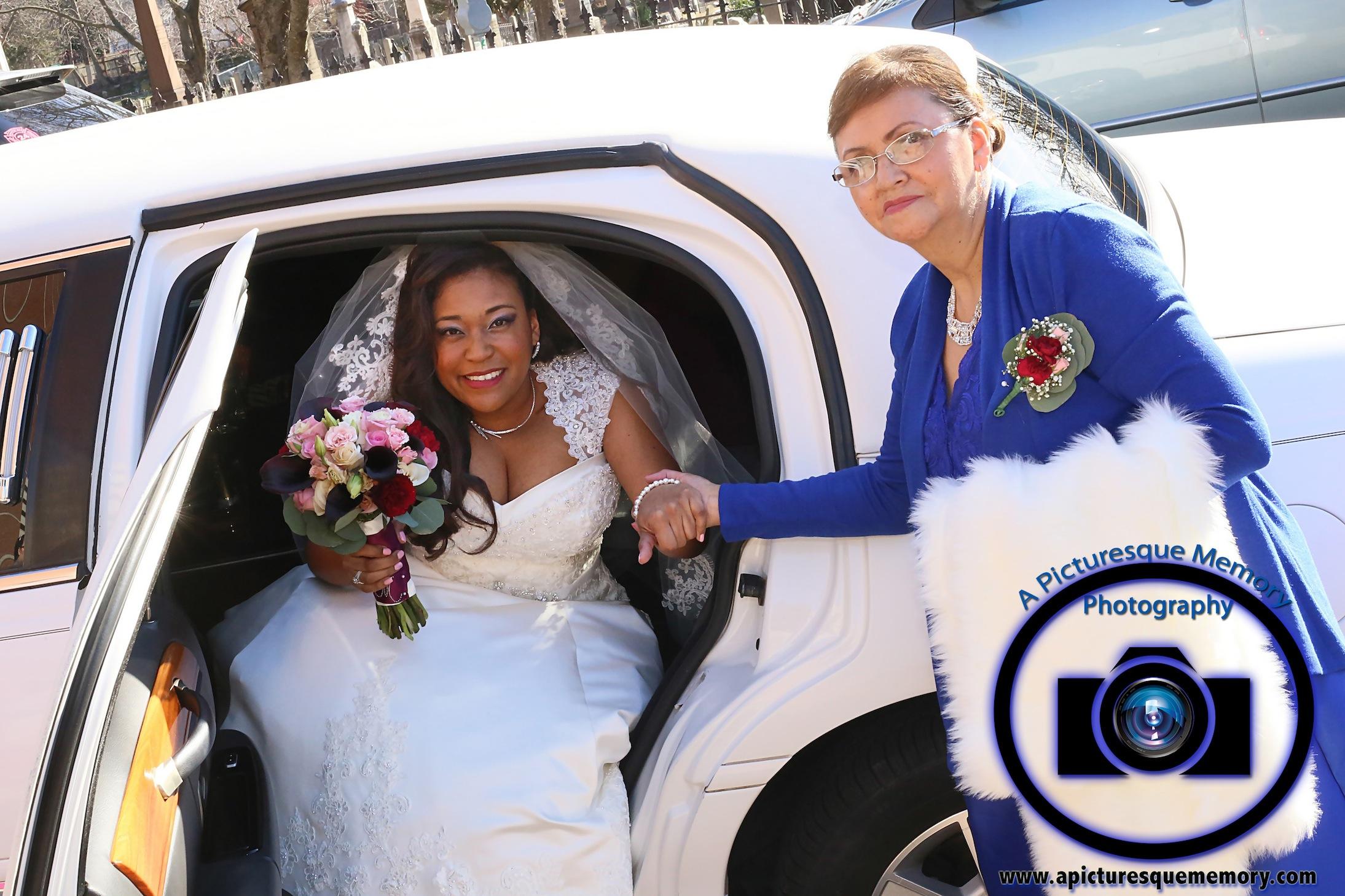 #njwedding, #njweddingphotography, #northbrunswickweddingphotographer#weddingphotos, #apicturesquememoryphotography, #bride, #limo, #bridesbouquet