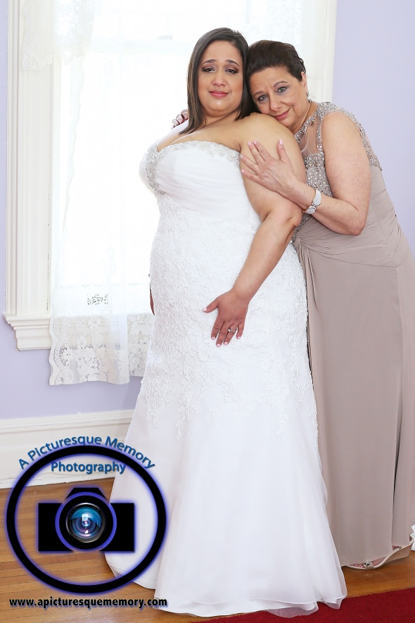 #njwedding, #njweddingphotography, #bloomfieldphotographer, #apicturesquememoryphotography, #oaksidemansionwedding, #oaksidebloomfieldculturalcenter, #weddingphotos, #bridetobe, #bridesdress