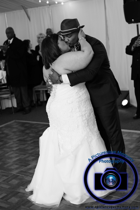 #njwedding, #njweddingphotography, #bloomfieldphotographer, #apicturesquememoryphotography, #oaksidemansionwedding, #oaksidebloomfieldculturalcenter, #weddingphotos, #firstdancekiss