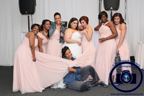 #njwedding, #njweddingphotography, #bloomfieldphotographer, #apicturesquememoryphotography, #oaksidemansionwedding, #oaksidebloomfieldculturalcenter, #weddingphotos, #bridesmaids, #bride