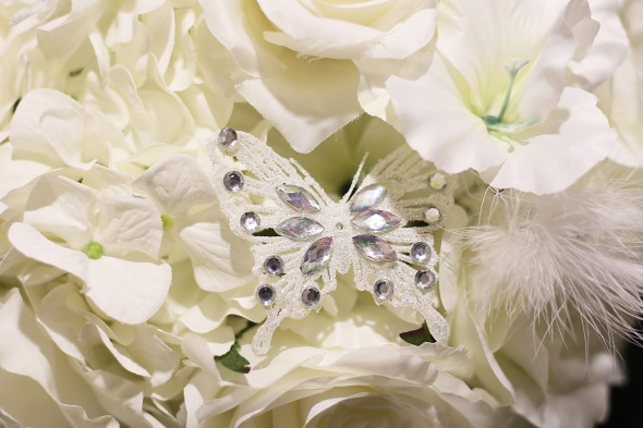 GrandMarquisWedding, njweddingphotos, njweddingphotography, njweddingphotographer, oldbridgephotographer, apicturesquememoryphotography, wedding, weddinginspiration, bridesbouquet, butterflyjewelry