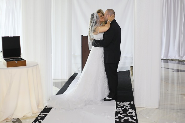 GrandMarquisWedding, njweddingphotos, njweddingphotography, njweddingphotographer, oldbridgephotographer, apicturesquememoryphotography, wedding, weddinginspiration, brideandgroom, firstkiss, weddingceremony