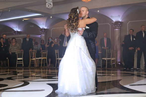 GrandMarquisWedding, njweddingphotos, njweddingphotography, njweddingphotographer, oldbridgephotographer, apicturesquememoryphotography, wedding, weddinginspiration, firstdance, brideandgroom