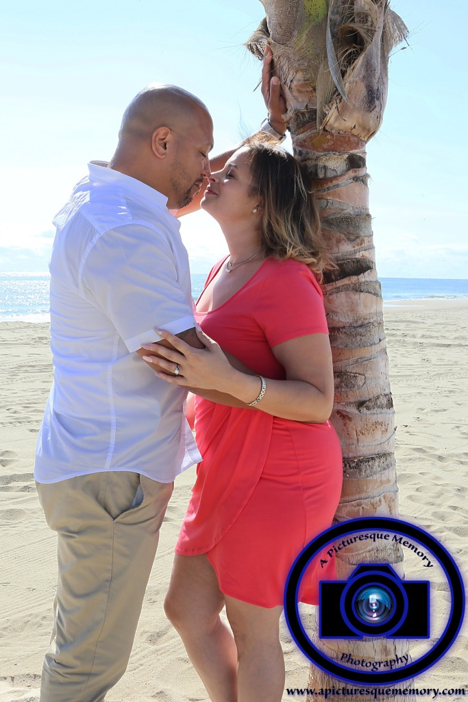 #engagementphotos #engaged #seabrightbeach #weddingphotographer #weddingphotography #apicturesquememoryphotography #njwedding #njphotographer #jerseyshore