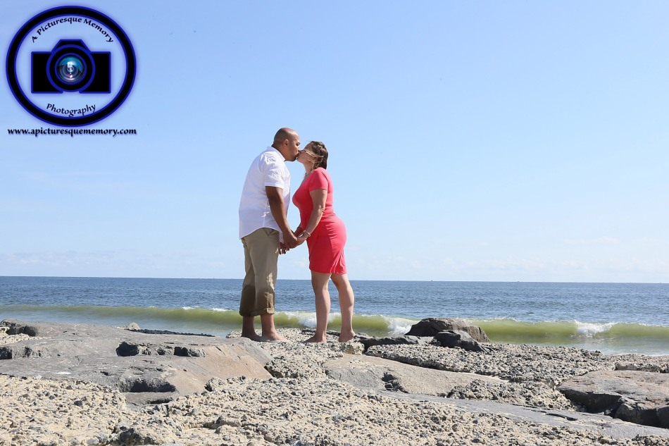 #engagementphotos #engaged #seabrightbeach #weddingphotographer #weddingphotography #apicturesquememoryphotography #njwedding #njphotographer