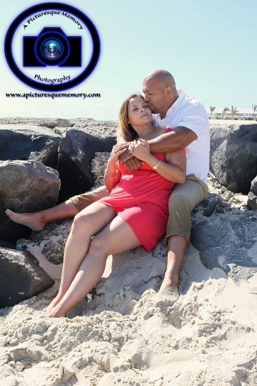 #engagementphotos #engaged #seabrightbeach #weddingphotographer #weddingphotography #apicturesquememoryphotography #njwedding #njphotographer #jerseyshorephotos