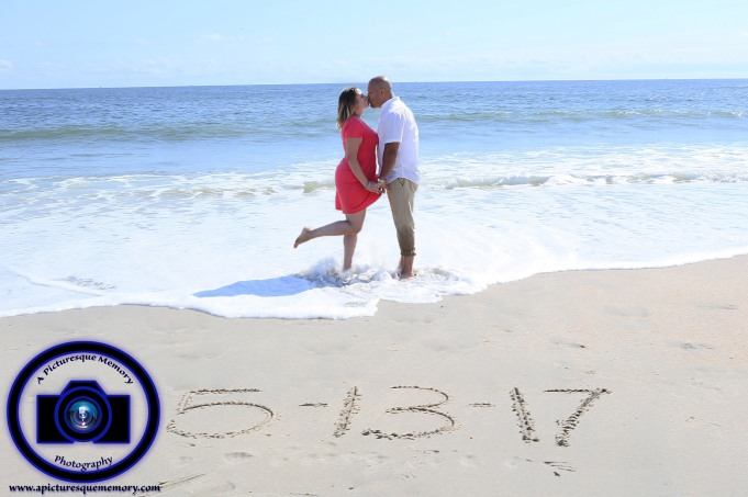 #engagementphotos #engaged #seabrightbeach #weddingphotographer #weddingphotography #apicturesquememoryphotography #njwedding #njphotographer #savethedate