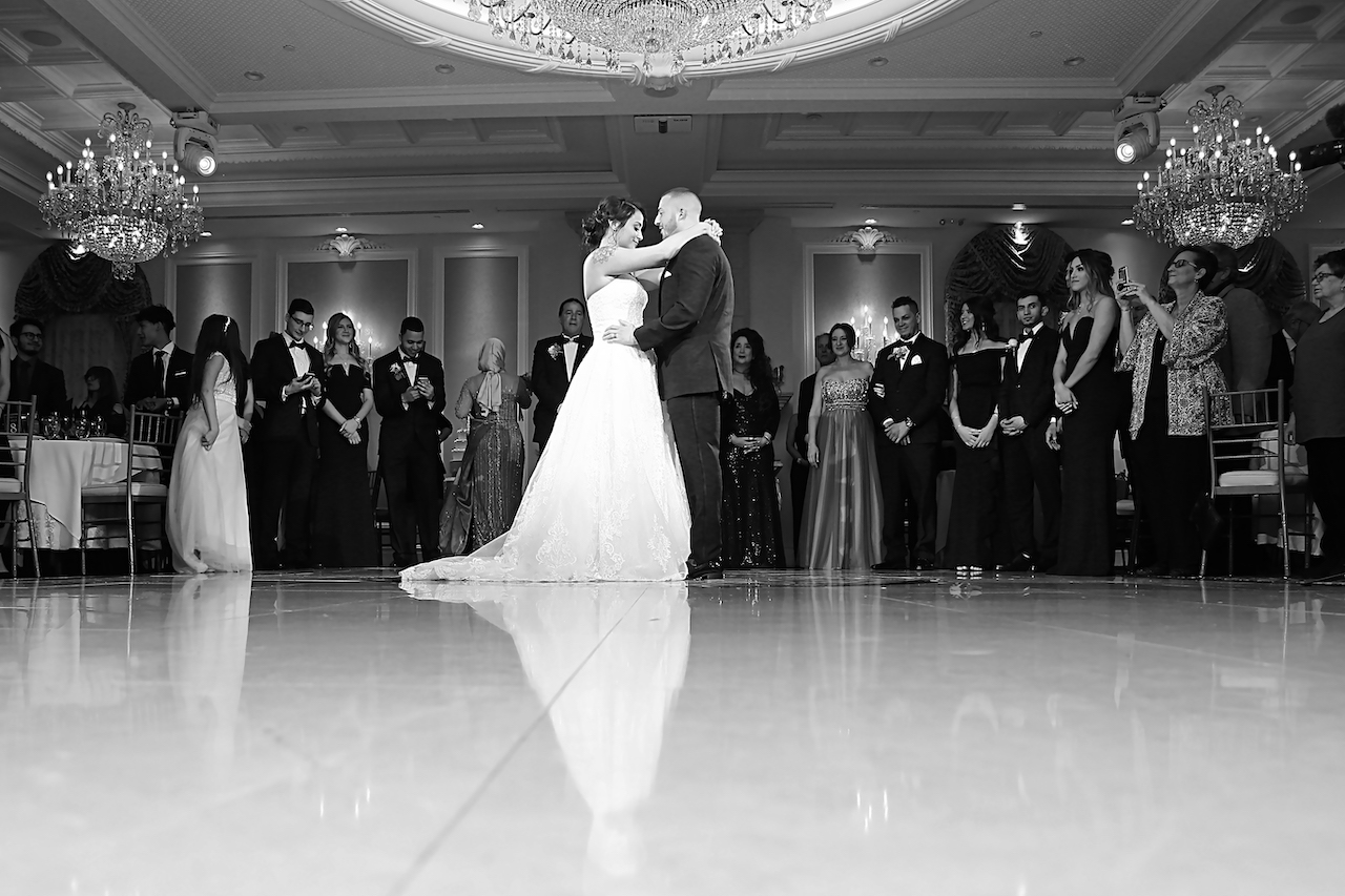 primaveraregencyweddingphotos, apicturesquememoryphotography, weddingphotography, njweddingphotographer, firstdance, brideandgroom